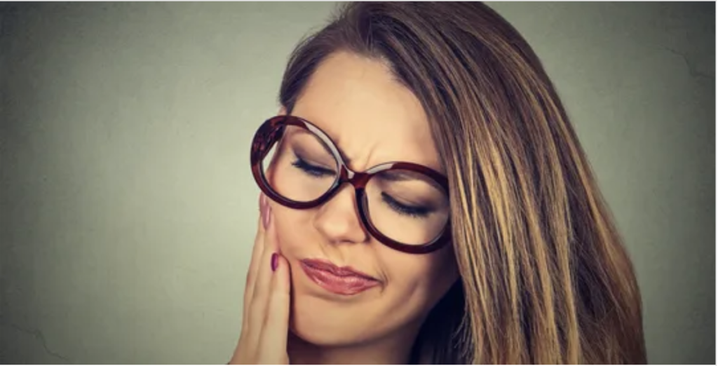 The Dangers of Putting Off Wisdom Teeth Removal